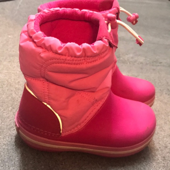 e211177da88b5 CROCS Other - Toddler snow boots